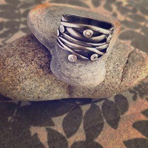 Beautiful sterling silver w/CZ ring size 5/ sweet